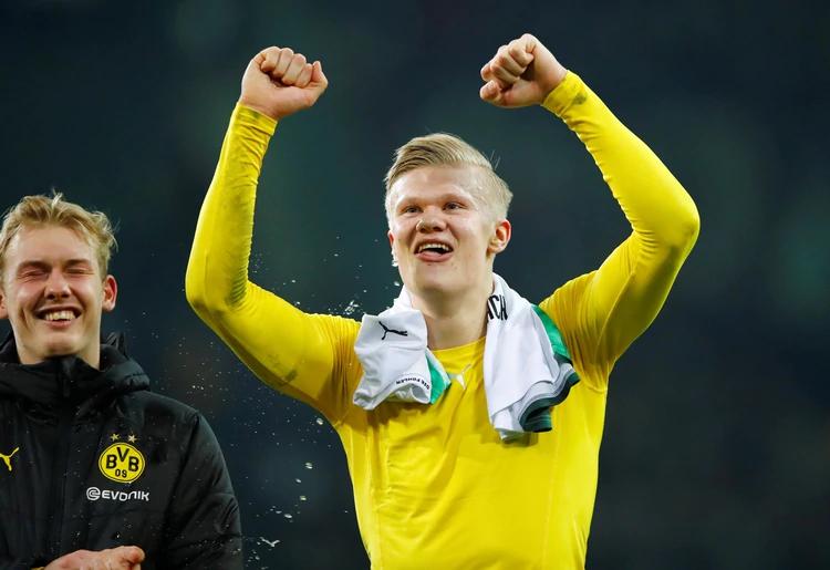 El joven de 19 años llegó al Dortmund a cambio de 20 millones de euros
