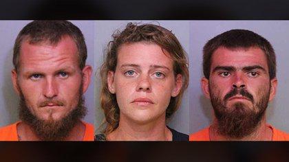 """Tony """"TJ"""" Wiggins, de 26 años, su novia, Mary Whittemor, de 27, y su hermano Robert Wiggins, de 21, fueron detenidos por el triple asesinato (Polk County Sheriff's Office)"""