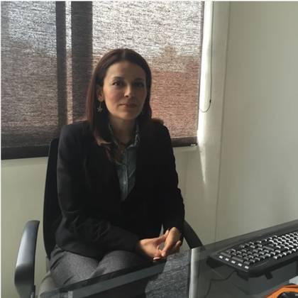 Karina Luján, prima de Luisa Alcalde, ocupa un cargo en la Secretaría de la Función Pública con un sueldo de 50,158 pesos (Foto: Especial)