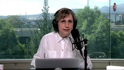 Aristegui señaló la hipocresía de Calderón al hablar de autoritarismo (Foto: Captura de pantalla/Aristegui Noticias)