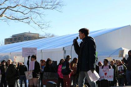 Dentro del MIT descubrió los lazos entre las escuelas de élite con los gobiernos de EEUU, México y del resto del mundo (Foto: Faccebook / Alonso Espinosa Domínguez)