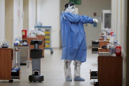 Uno de los mayores miedos es, junto al tema económico, que un familiar se contagie de COVID-19 (Foto: Daniel Becerril/ Reuters)