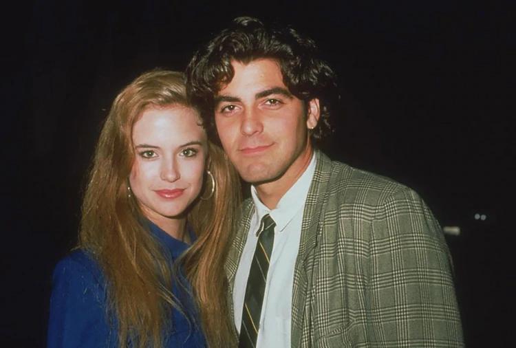 Kelly Preston, hoy esposa de Travolta, cuando estaba de novia con Clooney le regaló a Max