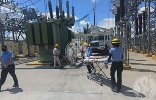Se electrocutan dos personas en subestación de CFE
