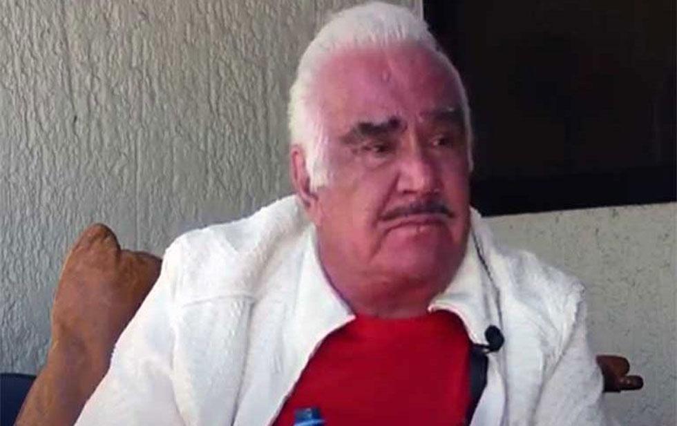 Vicente Fernández rompió en llanto y pidió perdón a las mujeres que lo acusaron de acoso sexual