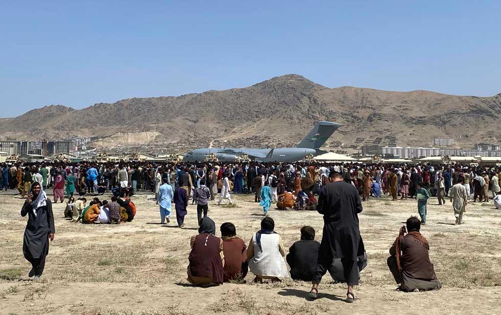 El Talibán acepta permitir 'paso seguro' para evacuaciones