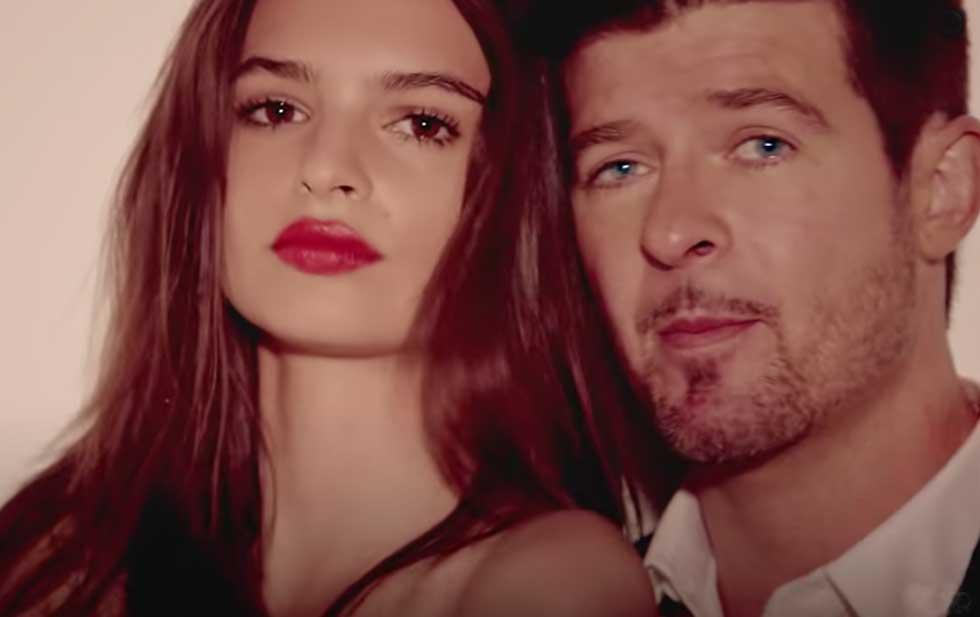 Acusa Ratajkowski al cantante Robin Thicke de haberla 'manoseado'